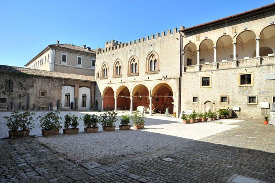 Il palazzo Malatesta a Fano
