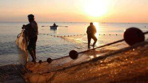 rievocazione della pesca con tratta a mano